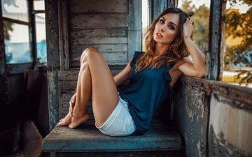 глаза, девушка, лето, взгляд, ножки, фотограф, вагон, шорты, катя, дамиан piórko, katarzyna kluska