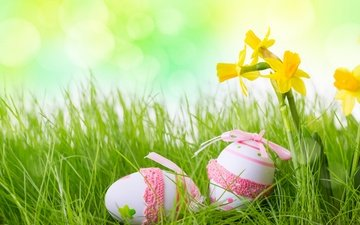 grass, spring, holidays, easter, eggs, daffodils, blur, decor, colorful