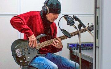 the poet, musician, composer, mikhail shitov, recording studio