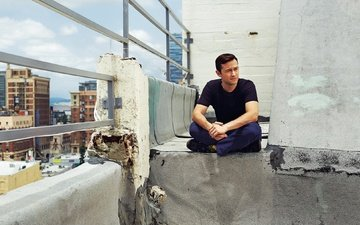 view, actor, roof, photoshoot, the parapet, the guardian, patrick fraser, joseph gordon-levitt