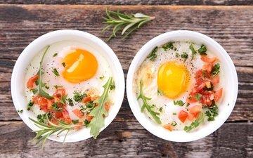 овощи, яйца, помидоры, яичница, розмарин, запеканка