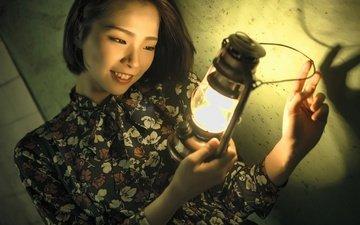 девушка, улыбка, взгляд, лампа, модель, волосы, лицо, азиатка
