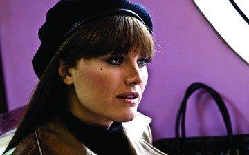 брюнетка, актриса, зеленые глаза, кожаная куртка, malin kerman, малин акерман, розовая помада