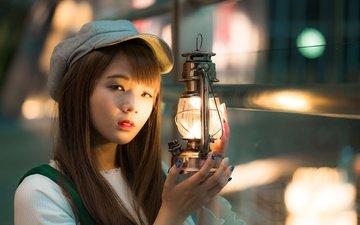 свет, девушка, взгляд, лампа, волосы, азиатка, кепка, боке, азивтка