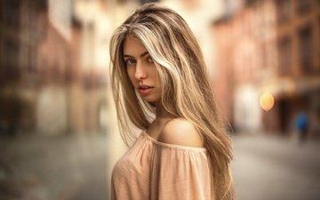 платье, блондинка, портрет, взгляд, модель, плечи, длинноволосая, мартин кюн