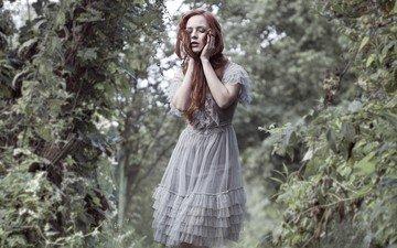зелень, лес, девушка, платье, рыжеволосая