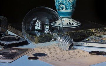 vintage, retro, money, light bulb, detail, aether, jason de graaf, hyperrealism
