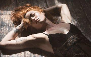 девушка, взгляд, рыжая, тату, волосы, лицо, руки, боди, рыжеволосая, на полу, jenny o'sullivan