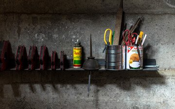 wall, construction, tools, garage, shelf, roman pohorecki