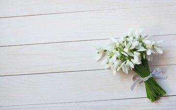 цветы, весна, букет, лента, подснежники