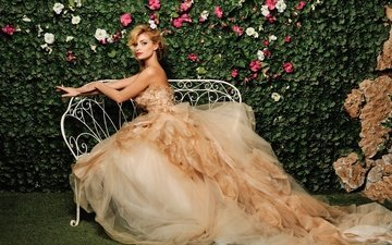 flowers, dress, blonde, singer, tatyana kotova