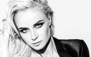 portrait, black and white, face, singer, polina gagarina