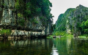 река, скалы, лодки, вьетнам