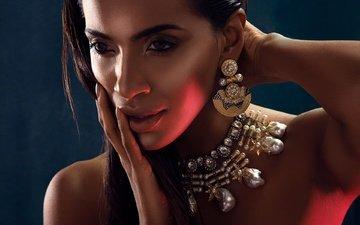 eyes, decoration, girl, brunette, model, lips, face, actress, peer, indian, priyanka karunakaran