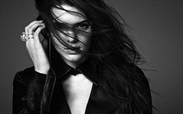 девушка, портрет, взгляд, чёрно-белое, модель, волосы, лицо, кендалл дженнер
