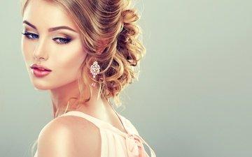 девушка, модель, волосы, голубые глаза, макияж, прическа, украшение, ресницы, сережки