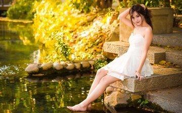 вода, девушка, настроение, взгляд, азиатка, белое платье, босиком