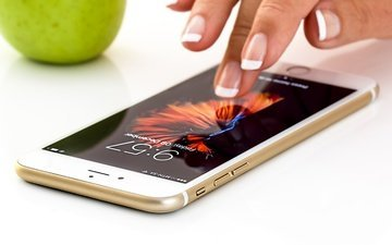 hand, apple, phone, gadget, smartphone, manicure, mobile phone, touch screen, app