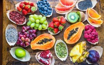 дерево, фон, виноград, малина, фрукты, клубника, ягоды, апельсин, лайм, дольки, киви, черника, ананас, гранат, грейпфрут, папайя, голубика
