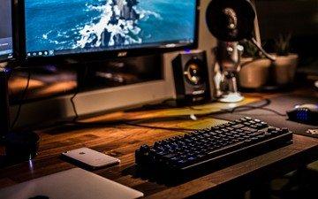 монитор, клавиатура, мышка, смартфон, планшет, рабочее место
