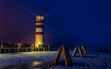night, lights, snow, winter, lighthouse, austria, coast, rays of light, podersdorf
