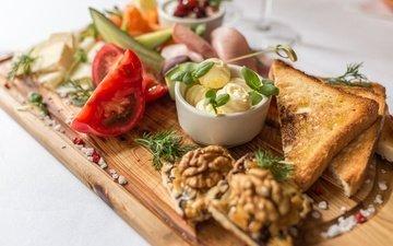 зелень, орехи, овощи, помидор, закуска, специи, огурец, тост