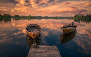 небо, облака, деревья, озеро, отражение, лодки, причал, норвегия