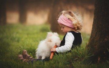 трава, природа, дерево, дети, девочка, ребенок, кролик, животное, ствол, друзья, морковь