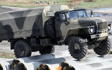 military, pipe, truck, all-wheel drive, ural