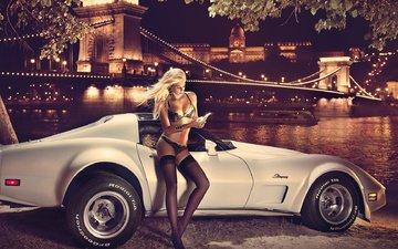 девушка, блондинка, город, авто, чулки, белье