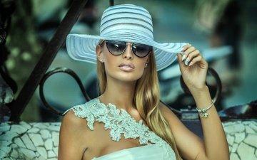 девушка, платье, блондинка, очки, макияж, шляпа