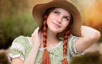 девушка, платье, улыбка, взгляд, рыжая, шляпа, косы