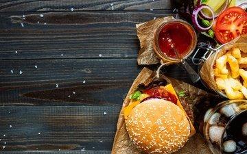 гамбургер, котлета, помидор, салат, булочка, сэндвич, фастфуд