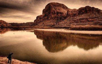 небо, река, скалы, природа, отражение, гора, человек, фотограф