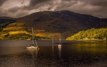 озеро, тучи, гора, лодки