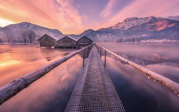 вода, озеро, горы, зима, мост, домики