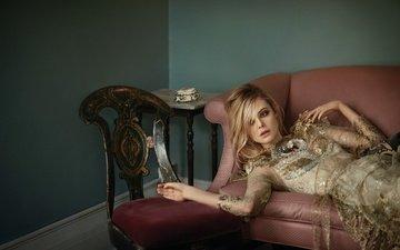платье, блондинка, стул, актриса, диван, фотосессия, знаменитость, vogue, элли фаннинг