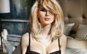 девушка, блондинка, портрет, взгляд, волосы, лицо, певица, светлана лобода