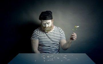 цветок, лепестки, взгляд, человек, ромашка, лицо, мужчина, борода, грим, мим