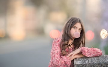 children, girl, hair, face, chewing gum, meg bitton