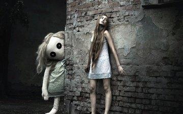девушка, город, стена, сон, кукла, ночнушка, босая, photographer киселёва ольга, сомнамбула.наденька