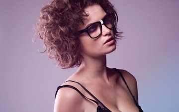 girl, portrait, glasses, hair, curls, haircut