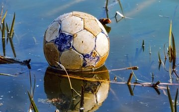 football, reflection, the ball, game over, puddle