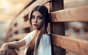 девушка, взгляд, забор, волосы, лицо, макияж, губки, sweet sunset