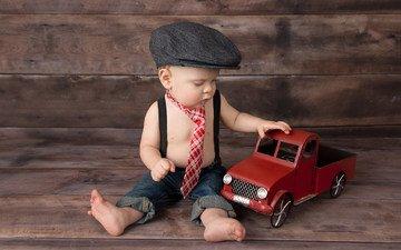 машина, дети, игрушка, волосы, лицо, мальчик, малыш, кепка, галстук