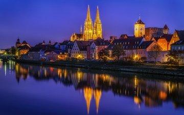 ночь, деревья, огни, вода, река, отражение, дома, набережная, башни, дворец, германия, регенсбург