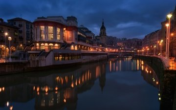 ночь, фонари, огни, река, мост, канал, дома, испания, бильбао