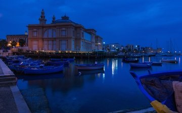 ночь, лодки, причал, италия, театр, бари