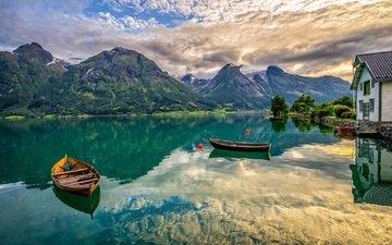 озеро, горы, лодки, дом, норвегия