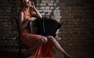 girl, dress, look, hair, wreath, gemma, accordion